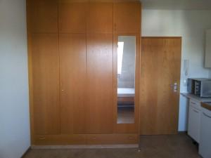 Zimmer-Schrank